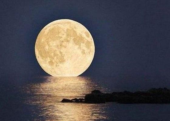Так выглядит луна в суперлуние